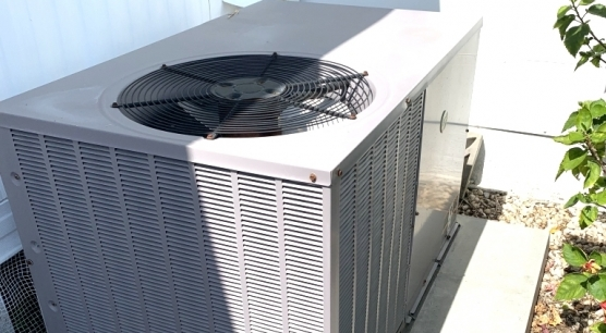 newer AC installed 2011 with maintenance contract